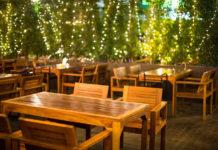 Czym kierować się przy wyborze stołów do baru?